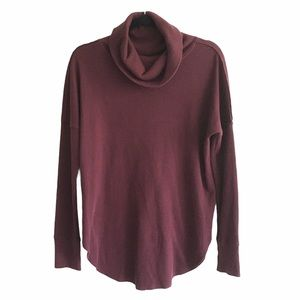 ARITZIA Cowl Neck Thermal Long Sleeve Burgundy S